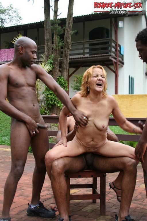 Nude girl watch blogspot