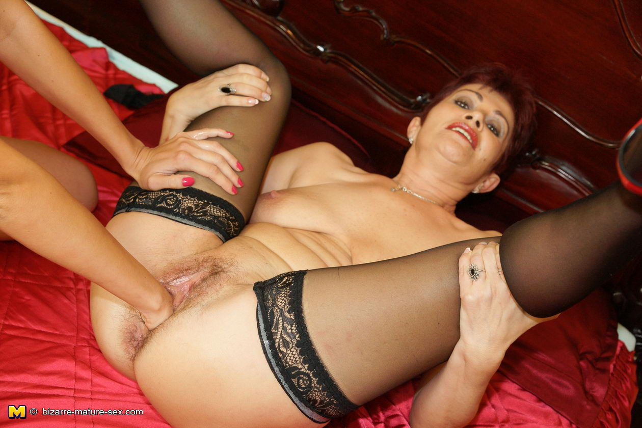 Extreme sex mature women