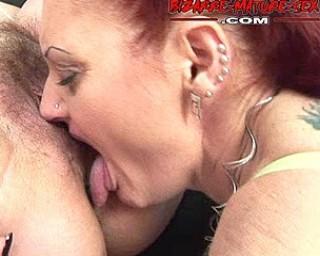Two kinky mature sluts having great sexfun