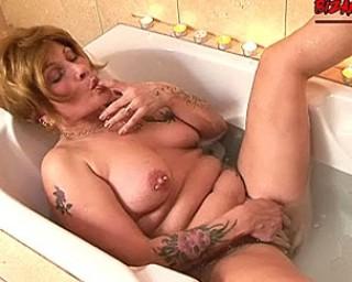 image German granny mature oma sex