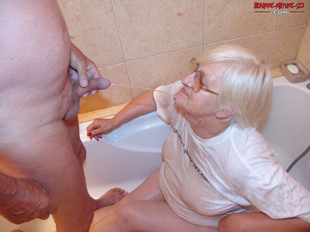 horny latina that loves cock