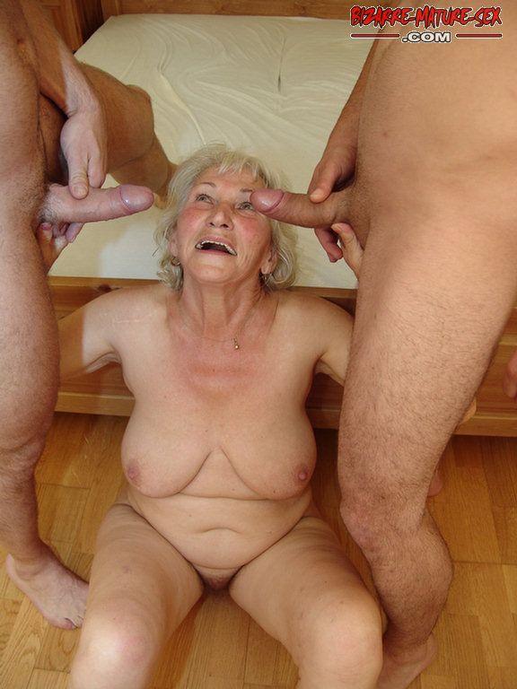 Под бабку мальчик 80 трахает лет порно
