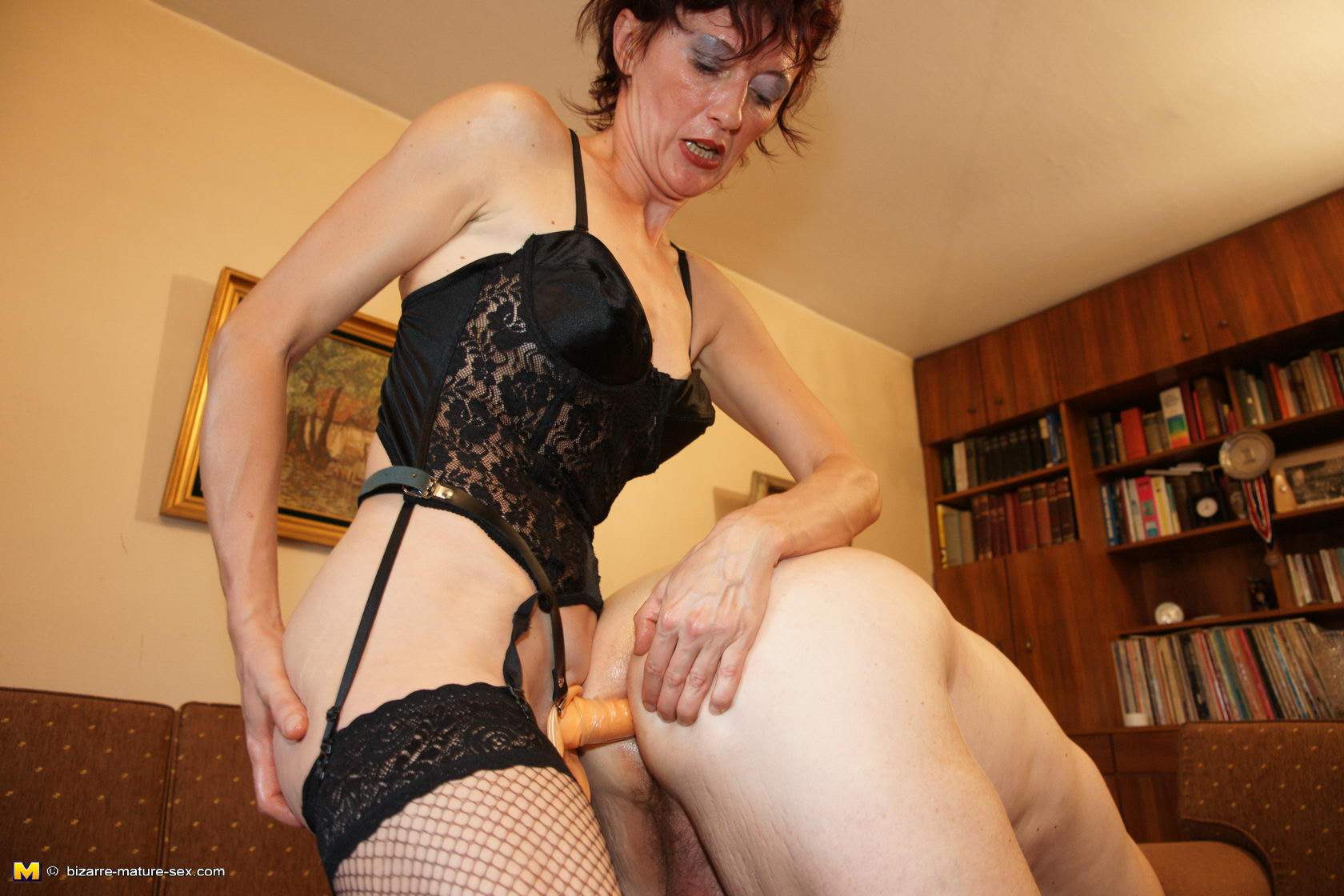 Can consult Mature mistress slaves